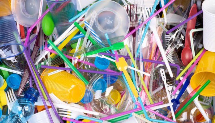 Het verschil tussen plastic en kunststof